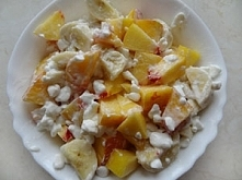 Serek wiejski na słodko, z nektarynką i bananem. Przepis na kuchenne-inspirac...