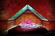 Sypialnia na poddaszu - zobacz niesamowity design sypialni i zainspiruj się n...