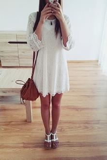 Biała koronkowa sukienka od...