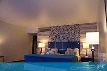 Klimatyczna sypialnia z suf...