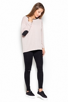 Luźny sweter z łatkami na łokciach w czterech wariantach kolorystycznych: ecru, szarym, brązowym i czarnym. Idealna luźna stylizacja na jesienne i zimowe dnie. Będzie pasować z ...