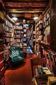 biblioteczka - ktos tak chce?