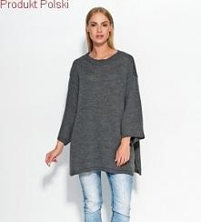 Sweter - poncho  - Rozcięcia z boku  - Rękaw 3/4  - Rozmiar uniwersalny  - Produkt Polski  - Skład: 100% Acryl