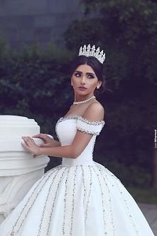 Królowa *.*