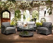 Komplet ogrodowy TROYES z sklepu Ogrodolandia wspaniale dopasowany do każdego wnętrza altanki czy tarasu.