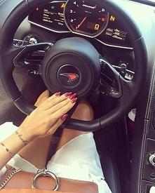 Drive in good style ✮ McLaren & manicure
