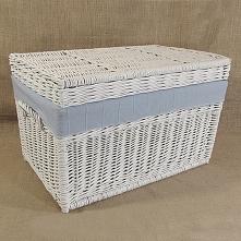 Wiklinowy kufer z płaskim wiekiem - biały z obszyciem (błękitny)