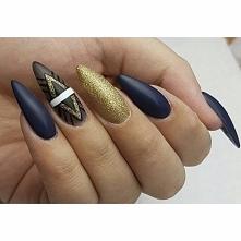 Geometryczny manicure
