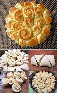 Zawijany chlebek czosnkowy....