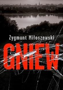 Gniew to pożegnanie z Szackim, jednym z najbardziej znanych bohaterów kryminalnych w Polsce, dostrzeżonym i docenionym na świecie, co potwierdzają recenzje i wyróżnienia dla kol...