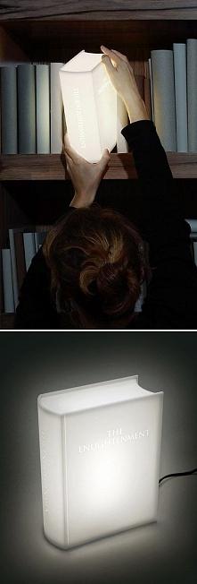 książka światłem ;)
