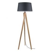 Duża drewniana lampa w kontrastujących kolorach, która w nowoczesny sposób na...