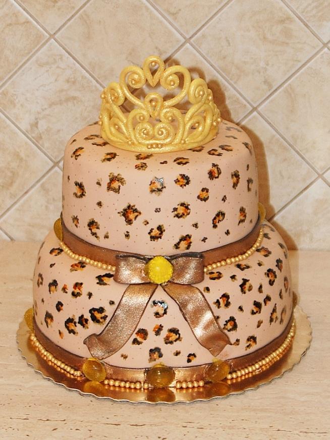 Tort - panterka z koroną