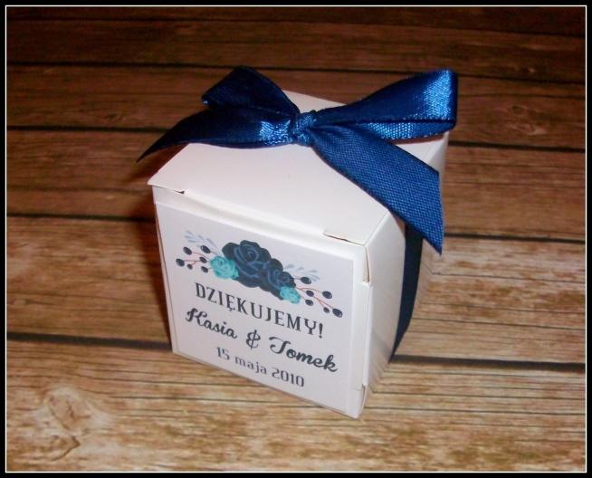 NOWOŚĆ!!! pudełeczka na upominki dla gości :) Kolorystykę, czcionkę oraz grafikę wybierasz TY! ;) Masz pytania? Chcesz złożyć zamówienie? Pisz! kraina_czarow@interia.pl