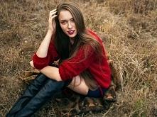 Hit jesieni wiązany sweter TwoMoon. Dostępne kolory: czerwień, czarny, pastelowy róż, jasno szary, średnio szary, grafitowy, jeansowy odcień.