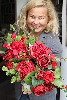 kompozycja z czerwonych kwiatów Red Fire od tendom