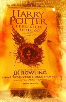"""""""Harry Potter i Przeklęte Dziecko"""" Co byś zrobił, gdybyś posiadał zmieniacz czasu...?"""