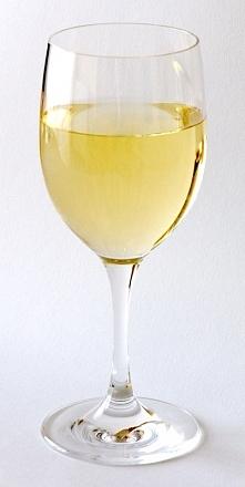 Wiedzieliście, że wino odchudza? A wiedzieliście, że można w łatwy sposób zrobić wino selerowe, które nie dość, że odchudza to jeszcze wpływa na potencję? Czytajcie dalej klikaj...