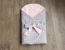 Rożek - bawełna we flamingi + różowy plusz minky. Zapinany na rzep, dodatkowo posiada wstążkę do wiązania. Zapraszam do sklepu oraz na fb Misia Zdzisia.