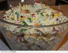 sałatka królewska z ryżem . Składniki: 3 woreczki ryżu np. Albaris 2 piersi z...