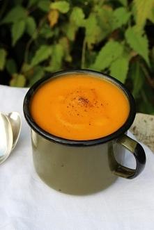 Zupa krem z dyni. Idealna na jesień! Przepis dostępny po kliknięciu w zdjęcie