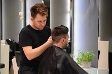 UWAŻAJ NA FRYZJERA czyli o chorobach, jakie możesz złapać w salonie fryzjerskim! Więcej po kliknięciu w zdjęcie ;)