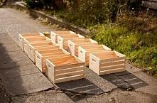 Jak z drewnianych skrzynek zrobić szafkę? Pokażemy Ci krok po kroku
