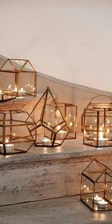 Piękna geometryczna dekoracja- szklane lampiony