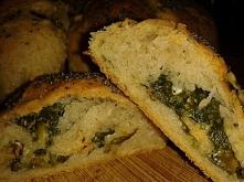 ZDROWE BUŁECZKI ZE SZPINAKIEM SKŁADNIKI: 2 szklanki mąki (100 g pełnoziarnistej pszennej i 100 g żytniej chlebowej),20 g drożdży, jajko, 100 ml oleju rzepakowego, 1/2 szklanki c...