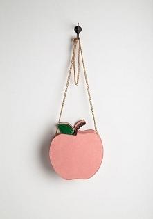 Torebka w kształcie jabłuszka :)