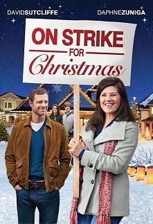 Świąteczny strajk (2010)  Joy Robertson (Daphne Zuniga) jest przykładną żoną i matką dwóch dorastających synów, którzy niebawem wyjadą do koledżu. Kobieta marzy, aby zbliżające ...