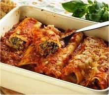 Składniki - gotowy makaron cannelloni - 500g mięsa mielonego - 2 duże cebule Przygotowanie Na patelni rozgrzewamy tłuszcz, podsmażamy mięso mielone wraz z pokrojoną w kostkę ceb...