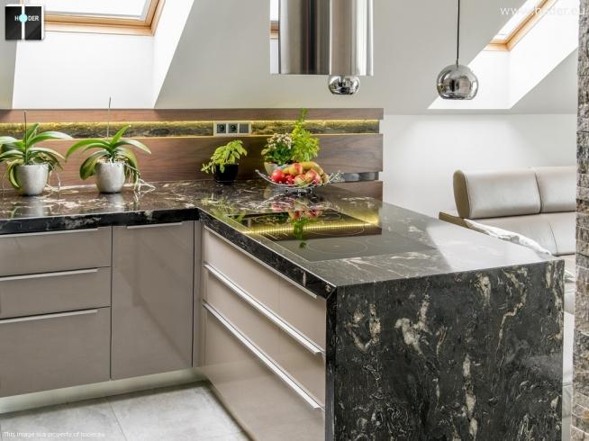 Projekt mebli kuchennych - blaty do kuchni z naturalnego kamienia oraz okładziny meblowe