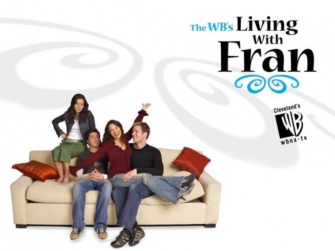 Nowe życie Fran(2005-2006)   Fran Reeves jest rozwódką. Właśnie spotkała mężczyznę swojego życia - Riley'a, jest wspaniały, cudowny i... dużo młodszy. Cóż z tego, że jest kilka lat starszy od jej syna? Ich związek komplikuje nieco fakt, że mieszkają razem z 21 letnim synem Fran - Joshem, który właśnie został wyrzucony ze studiów i 15-sto letnią Allison. Poza tym jest jeszcze ten dziwny facet - Duane - prawie w ogóle nie wychodzi ze swojego pokoju, który zamienił w siłownię. I jak tu nie zwariować? Jednak Fran nie narzeka. Zdecydowanie nie jest to zwykły, normalny, spokojny dom...