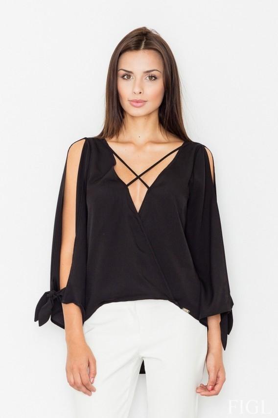 Piękna bluzeczka z ozdobnymi paseczkami! Więcej po kliknięciu w zdjęcie.