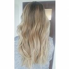 Bardziej blondyneczka <3 uwielbiam ten kolor <3