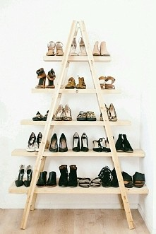Półka na buty z drabiny