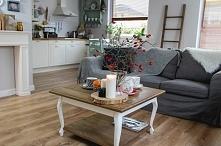Salon w nowej odsłonie i proste sposoby na aranżowanie stołu.