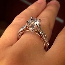 Pierścionek zaręczynowy Ver...