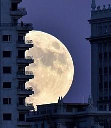 księżyc ^_^