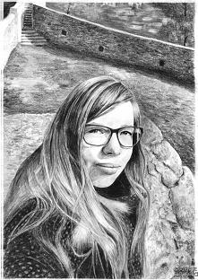 Portret rysowany ołówkami. Na podstawie zdjęcia.