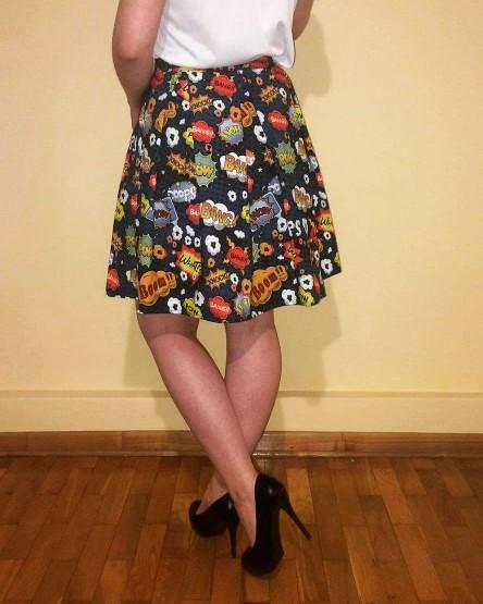 kochane patrzcie jaka spodnice sobie uszylam. podoba wam sie? Moge uszyc na zamowienie :)