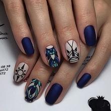 Geometryczny manicure.