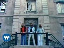 Bee Gees - Stayin' Alive (1977)  Ktos pamieta ?