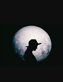 #People #Moon #Fantastic