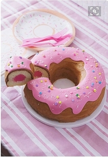 ciasto w kształcie pączka