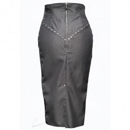 Spódnica dżinsowa wiązana wzdłuż boków z nitami. Dostępna w butiku Łatka fashion.