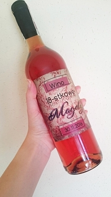 Wino osiemnastkowe, naklejk...