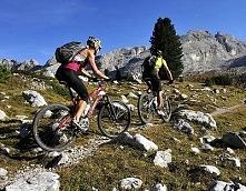 Rower górski na nawierzchnie o dużym stopniu nachylenia.
