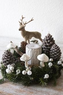 ozdobny bożonarodzeniowy wianek, dekoracyjne wianki na drzwi, ozdobne wianki do dekoracji okna, świąteczne wianki do domu, wianki w sklepie BelleMaison